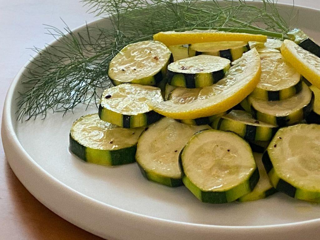 [月曜断食レシピ]ズッキーニのレモンマリネ